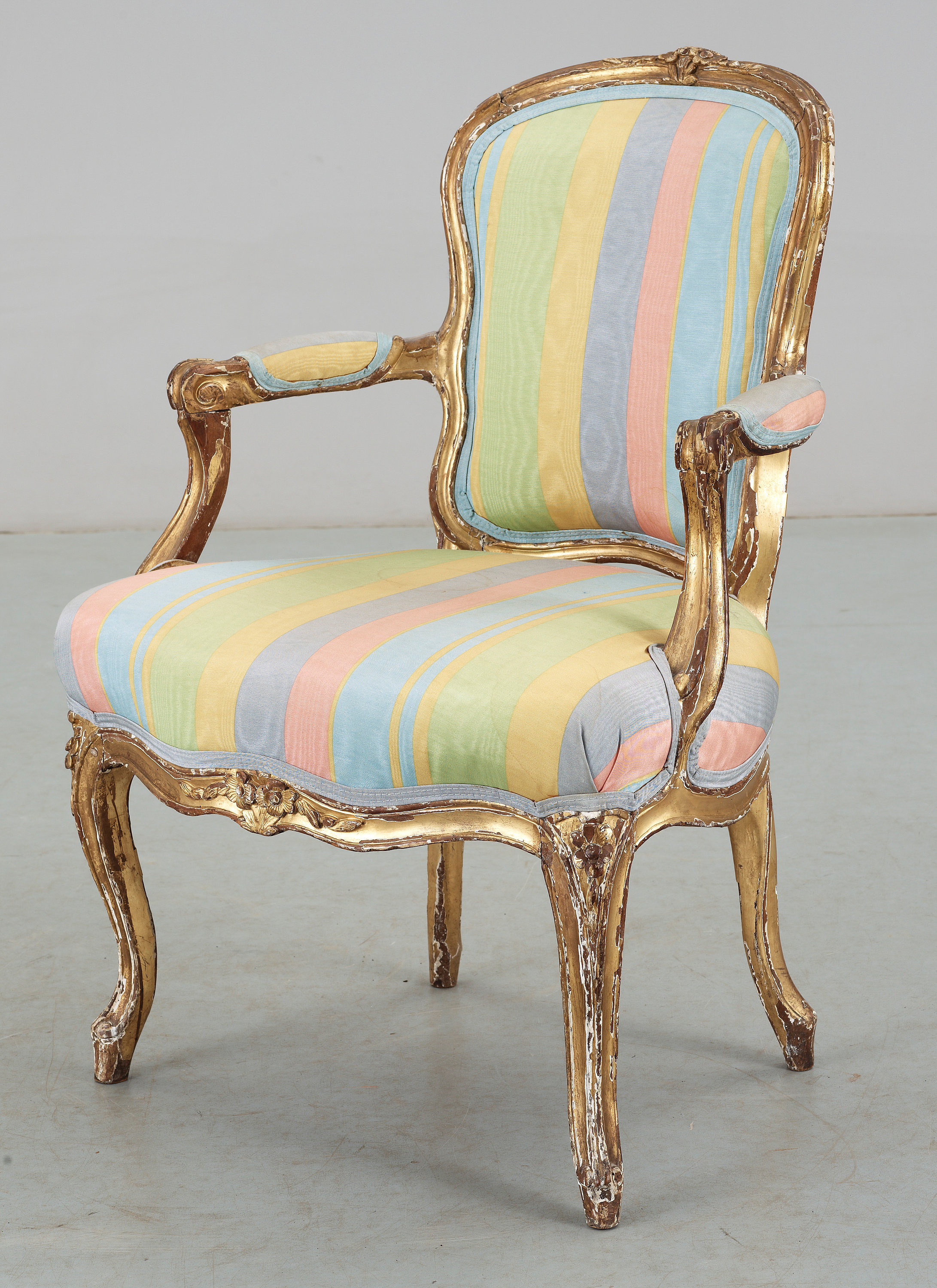 How to reupholster a louis chair - This Is A Louis